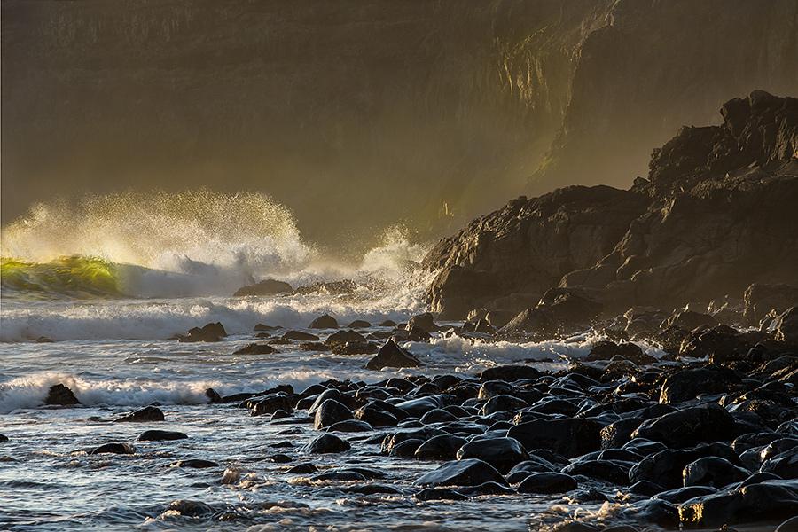 IMAGE REF: #061Wind versus waves, Talisker Bay, Isle of Skye